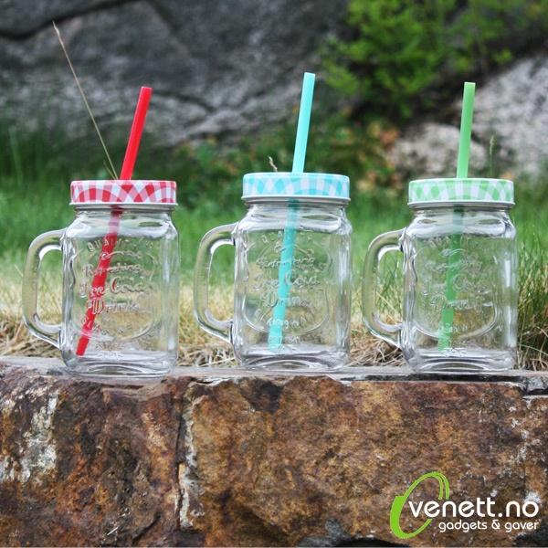Drikkeglass med Sugerør
